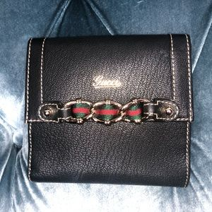 Gucci Leather Red and Green ribbon w/chain Wallet
